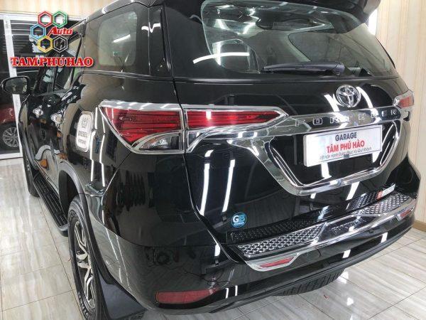Phủ Ceramic 9H+ cho Toyota Fortuner ở Cần Thơ