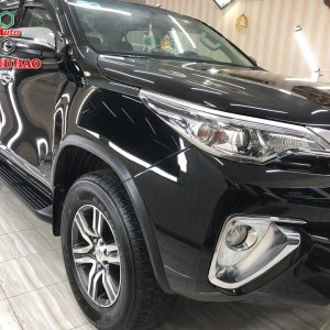 Phủ Ceramic 9H+ cho Toyota Fortuner ở Cao Lãnh